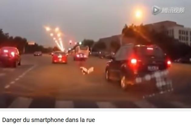 smartphone-dans-la-rue